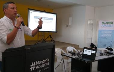 Socialización del punto de descentralización zona sur Róbinson Pitalúa.